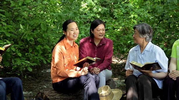 Innerlijke stem van de christenen: Geven mensen die in God geloven echt niet om hun familie?